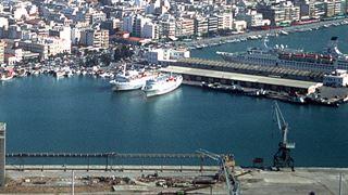 Μικρή αύξηση επιβατών στα λιμάνια