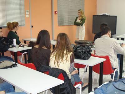 Ζητείται εκπαιδευτικό προσωπικό στα ΙΕΚ Ορεστιάδας, Κομοτηνης και Ξάνθης.