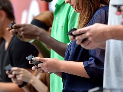 Nomophobia: Η φοβία της στέρησης… smartphone