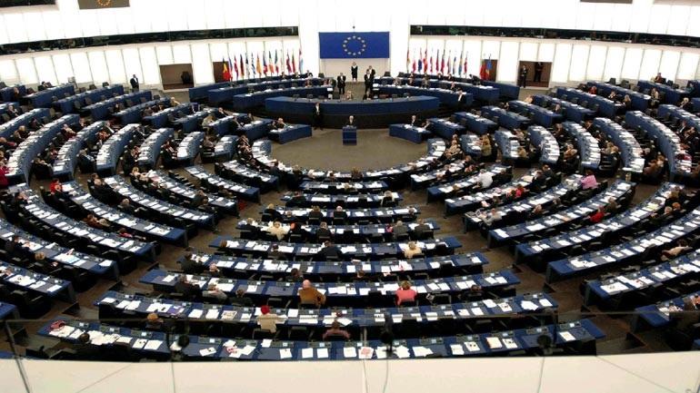 Mηχανισμό για να απαντά στη ρωσική προπαγάνδα συγκροτεί η Ε.Ε.