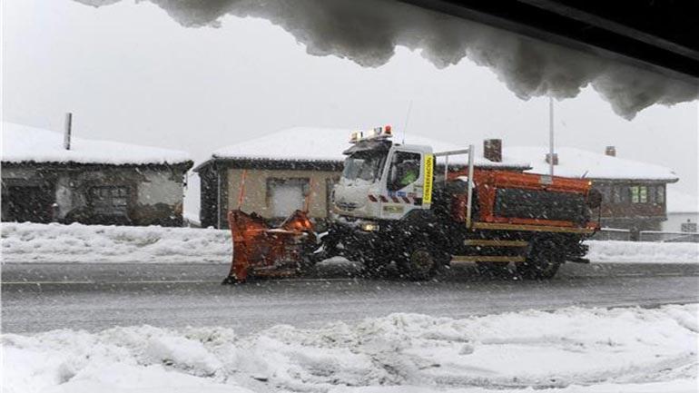 Xιονοπτώσεις και χιονοθύελλες σαρώνουν την Αλβανία