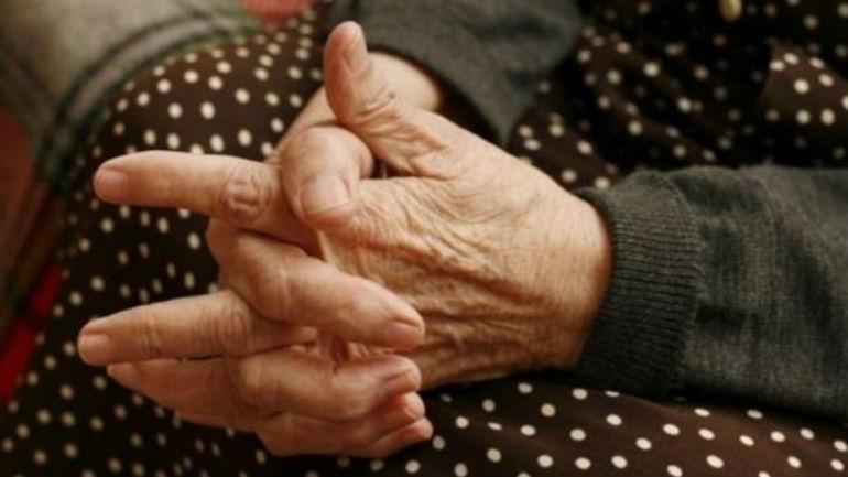 Λάρισα: Ένοπλοι εισέβαλαν σε σπίτι ηλικιωμένων