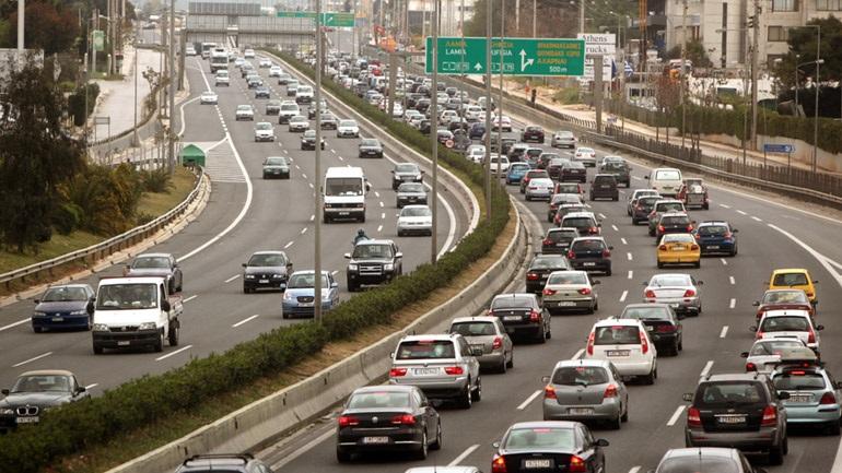 Χωρίς ουσία και άδικη η αύξηση του φόρου πολυτελούς διαβίωσης στα αυτοκίνητα