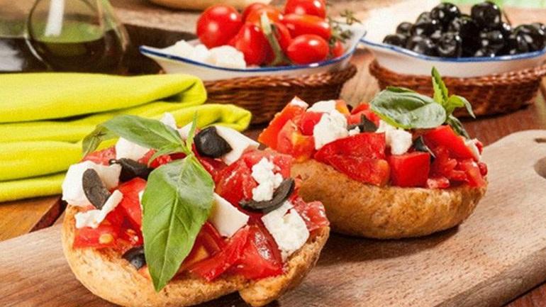 Η μεσογειακή διατροφή μειώνει τον κίνδυνο για καρκίνο της μήτρας