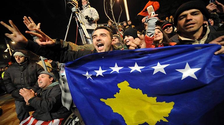Reuters: Αναμένεται συμφωνία για να ανοίξει  ο δρόμος για ένταξη του Κοσόβου στην ΕΕ