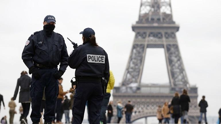 «Επιστρατεύουν» 11.000 αστυνομικούς εν όψει της Συνόδου για το Κλίμα στο Παρίσι