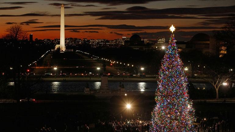 ΗΠΑ: Τα χριστουγεννιάτικα φωτάκια καίνε όσο η Αιθιοπία σε ένα χρόνο
