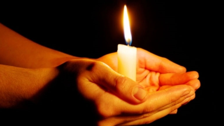 Σάμος: Άφησαν χήρα με τέσσερα παιδιά χωρίς ρεύμα