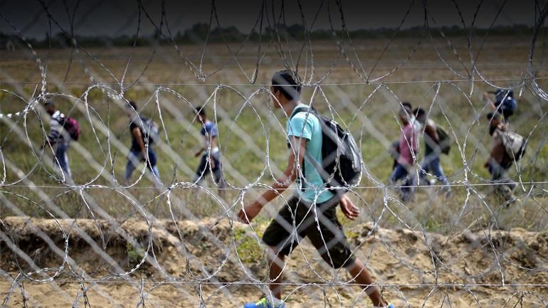 """Μετατρέπουν την Ελλάδα σε """"αποθήκη ψυχών"""""""