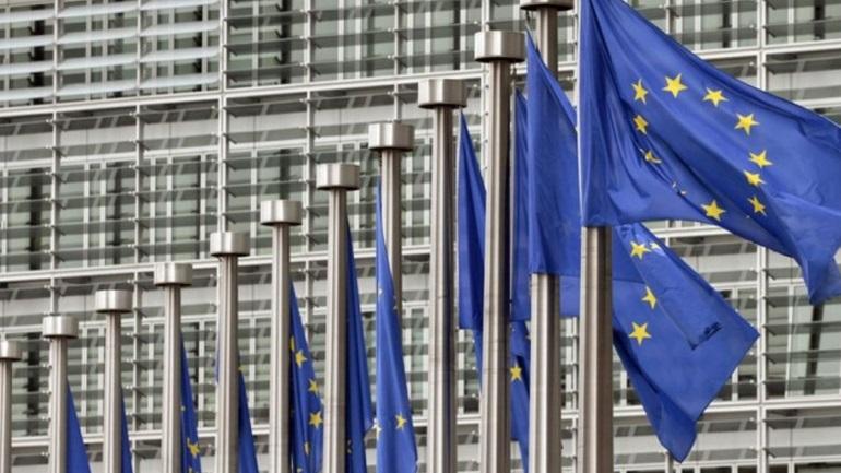 Ευρωπαϊκό Ελεγκτικό Συνέδριο κατά Κομισιόν: Δεν εφαρμόζονται οι κανόνες για έλλειμμα-χρέος