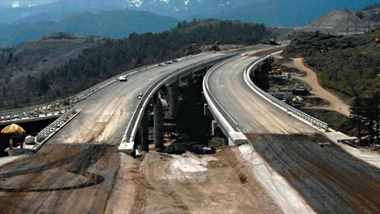 Έως τον Μάρτιο του 2017 θα ολοκληρωθούν οι μεγάλοι αυτοκινητόδρομοι