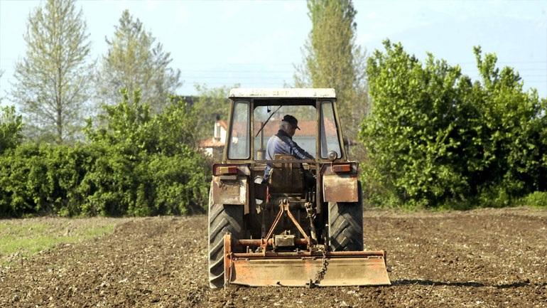 Ενίσχυση 107 εκατ. ευρώ σε 100.000 αγρότες