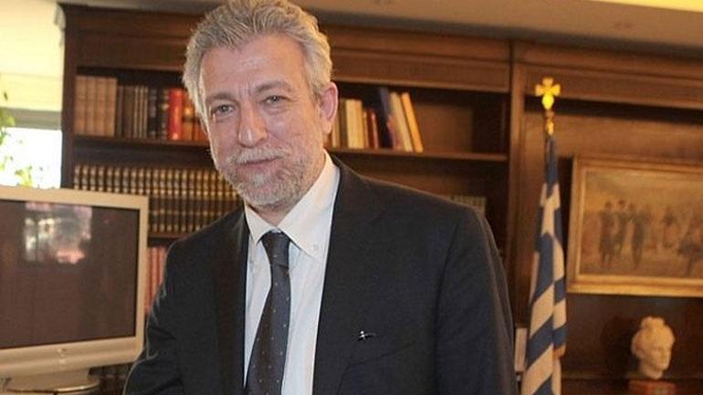 Πρώην στέλεχος ΣΥΡΙΖΑ: «Ποπολάρος ο Κοντονής με γραβάτα και αμπέχονο»