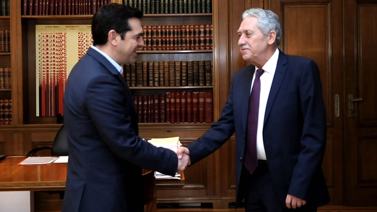 Ο Κουβέλης συσπειρώνεται με τις δυνάμεις του ΣΥΡΙΖΑ