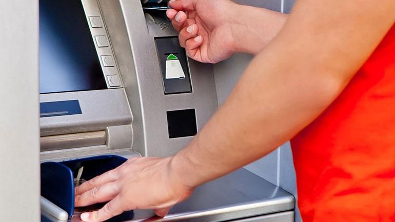 Με τη μέθοδο PROFKRAAK έκλεβαν χρήματα από ΑΤΜ τραπεζών