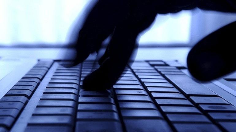 Συνελήφθη 27χρονος για αποπλάνηση ανηλίκων και πορνογραφία μέσω διαδικτύου