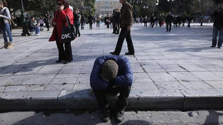 Οι άνεργοι στο περιθώριο - 9 στους 10 δεν παίρνουν το επίδομα