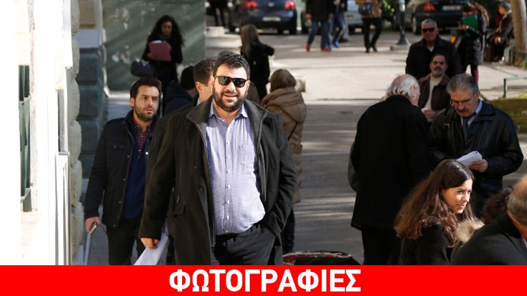 Αναβολή στη δίκη Κουρτάκη-Τζένου, παρών στο δικαστήριο ο Π. Καμμένος