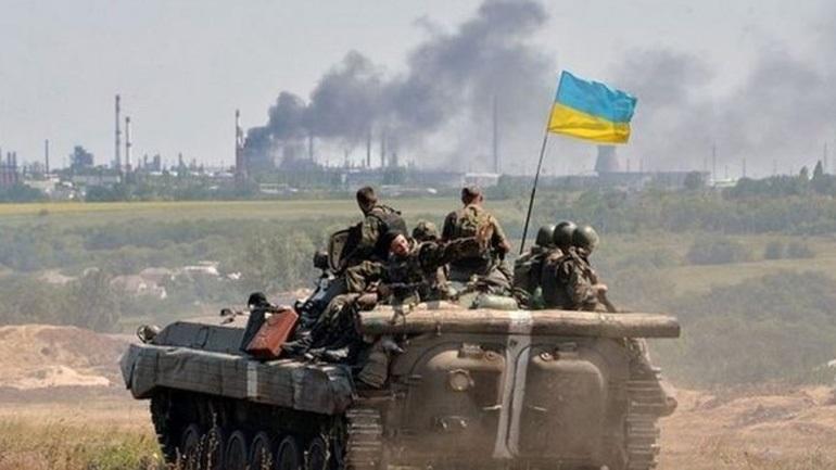 Ουκρανία: Εξετάζεται η εκκένωση πόλης κοντά στη γραμμή πυρός με τους αποσχιστές