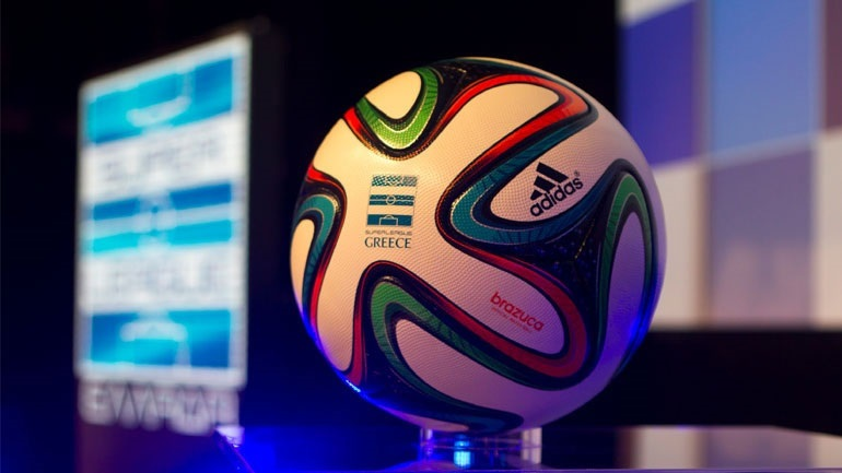 Super League: Στο… σκαμνί τέσσερις ΠΑΕ