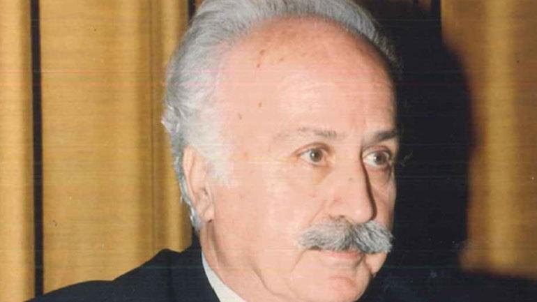Γιάννης Γιαννίκος: Έφυγε από τη ζωή ο εκδότης της «Μεγάλης Σοβιετικής Εγκυκλοπαίδειας»
