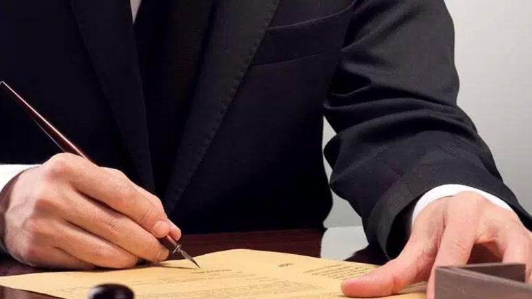 Αποχή των συμβολαιογράφων από τους πλειστηριασμούς την Τετάρτη