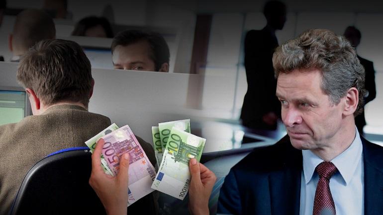 Ευθεία επίθεση στους μισθούς του Δημοσίου από τον Τόμσεν
