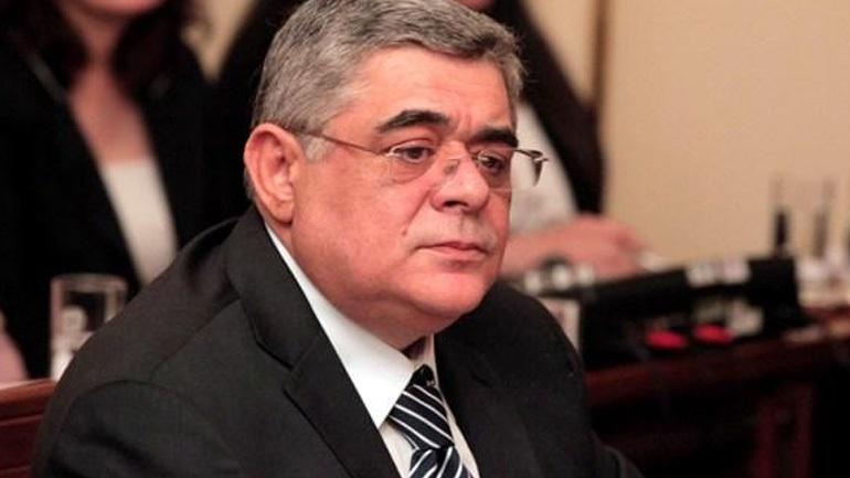Ο Μιχαλολιάκος απέλυσε τον Χρ. Ζέρβα που κατηγορείται για τον ξυλοδαρμό του φοιτητή