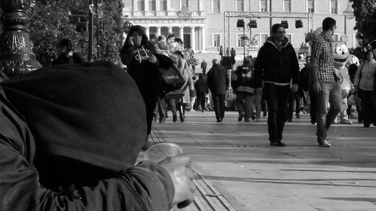 Focus: Οι φτωχοί πληρώνουν τις μεταρρυθμίσεις στην Ελλάδα