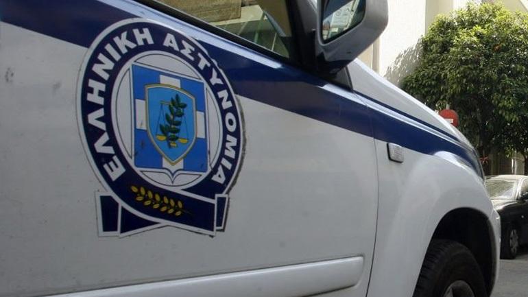 Καταδίωξη και σύλληψη 24χρονου για παράνομη μεταφορά ξένων υπηκόων