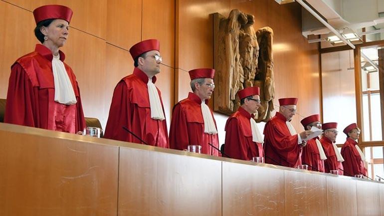 Απόφαση... σταθμός: Γερμανικό δικαστήριο απέρριψε τις περικοπές μισθού σε έλληνες δασκάλους της Νυρεμβέργης!