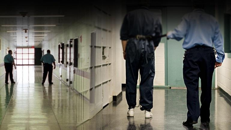 Ασφυκτιούν οι φυλακές