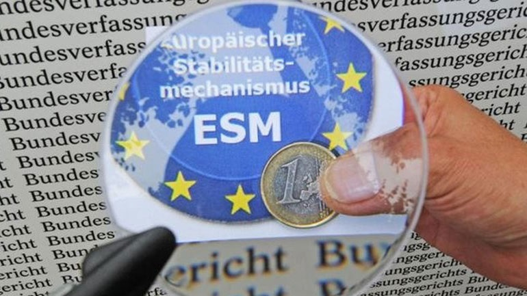 ESM: Με πλεόνασμα άνω του 3% για 20 χρόνια η Ελλάδα δεν χρειάζεται ρύθμιση χρέους