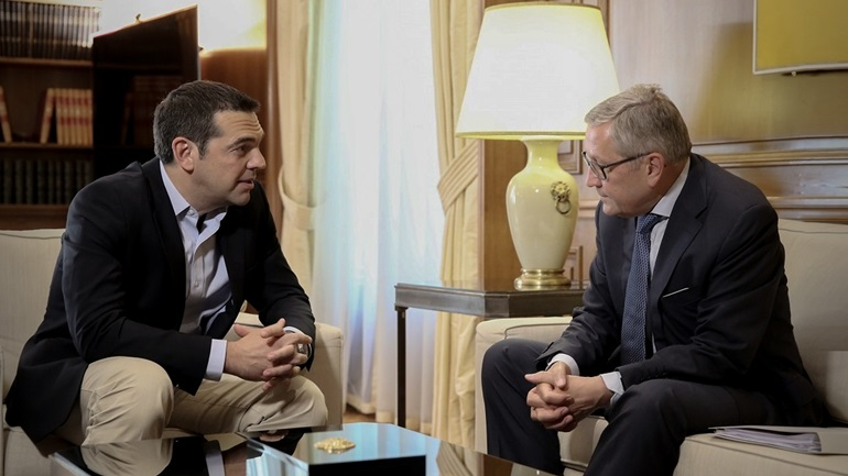 Ρέγκλινγκ: Η Ελλάδα θα σταθεί στα πόδια της