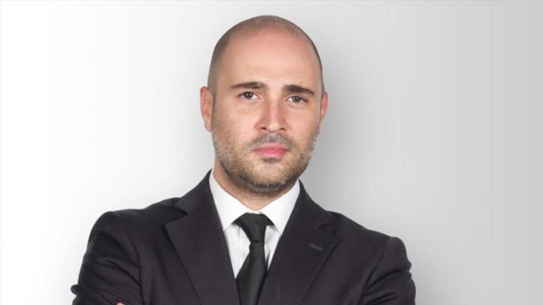 «Με απέλυσε το Μαξίμου» ισχυρίζεται ο Μπογδάνος και απειλεί με μηνύσεις