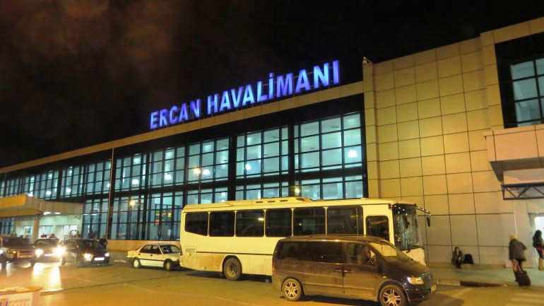 Kίνδυνος για τις αεροπορικές πτήσεις από παράνομο αεροδρόμιο στα κατεχόμενα της Κύπρου