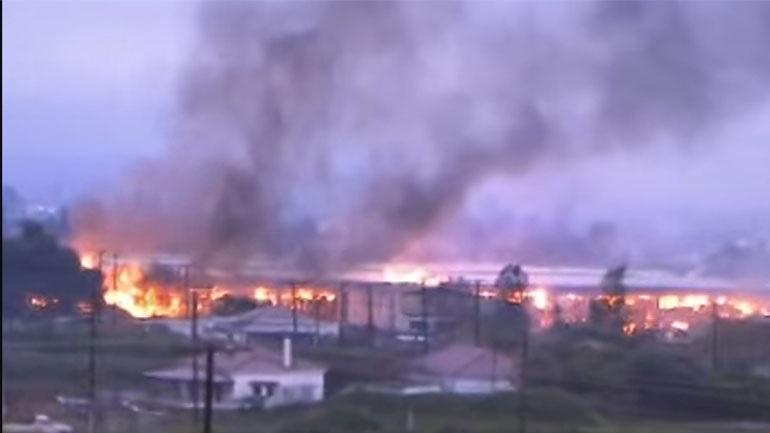 Φωτιά σε εργοστάσιο πλαστικών στα Οινόφυτα - 2 τραυματίες