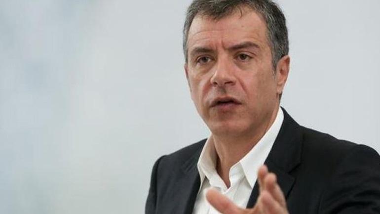 Θεοδωράκης: Άλλη μια κυβέρνηση αποτυγχάνει στο να εφαρμόσει την αξιολόγηση στο Δημόσιο