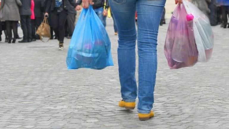 «Πόλεμο» στην πλαστική σακούλα κήρυξε το υπουργείο Περιβάλλοντος