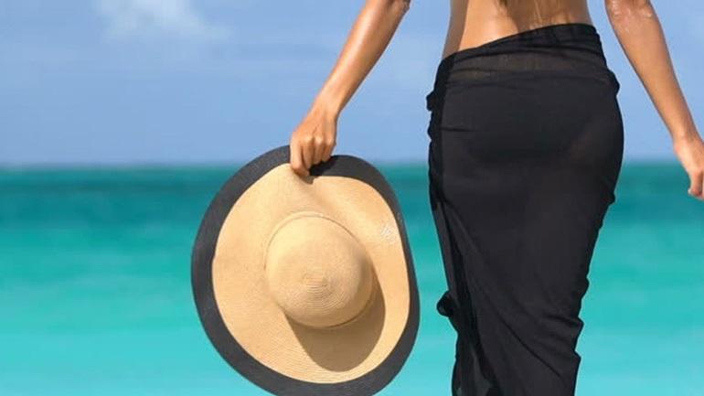 Παρεό για στιλάτες εμφανίσεις στην παραλία! (Εικόνες - Βίντεο)