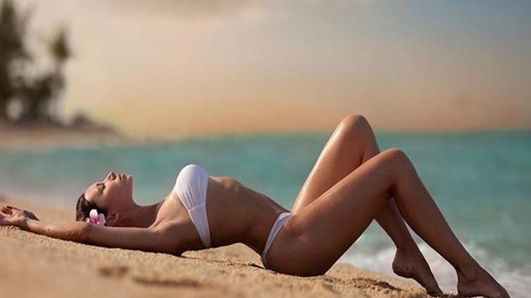Τέσσερα σνακ για να ξεφουσκώσετε πριν την παραλία