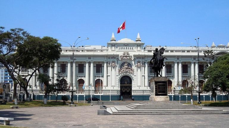 Το Περού καταδικάζει την απειλή των ΗΠΑ για χρήση βίας στη Βενεζουέλα
