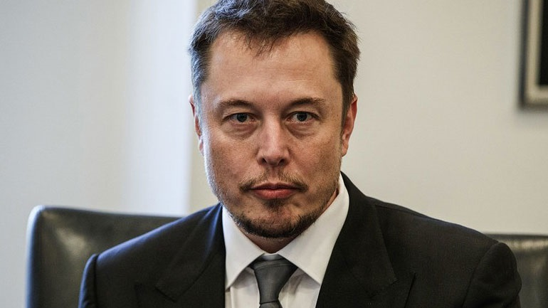 Elon Musk: «Η τεχνητή νοημοσύνη αποτελεί μεγαλύτερη απειλή από τη Β. Κορέα»