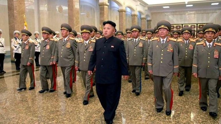 «Η Β.Κορέα θα περάσει τα όρια εάν τοποθετήσει πυρηνική κεφαλή σε πύραυλο» διαμηνύει η Ν. Κορέα