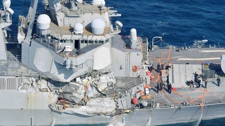 Το αμερικανικό ναυτικό τιμωρεί αξιωματικούς και ναύτες για τη σύγκρουση αντιτορπιλλικού με ιαπωνικό φορτηγό πλοίο!