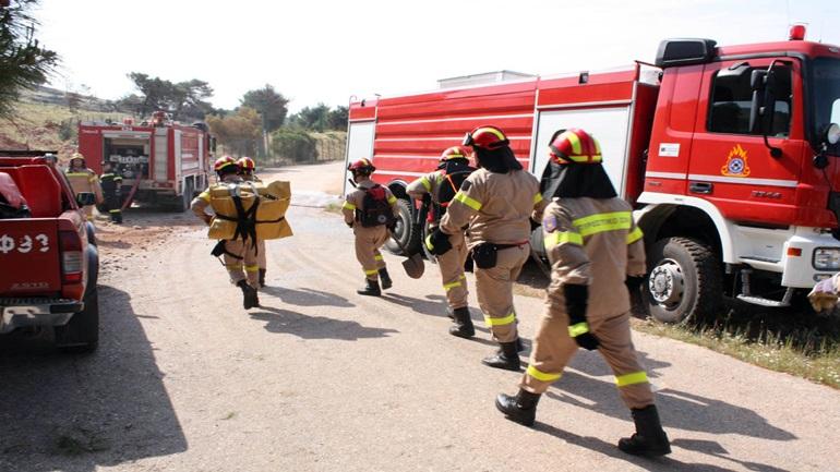 Υψηλός παραμένει ο κίνδυνος πυρκαγιών