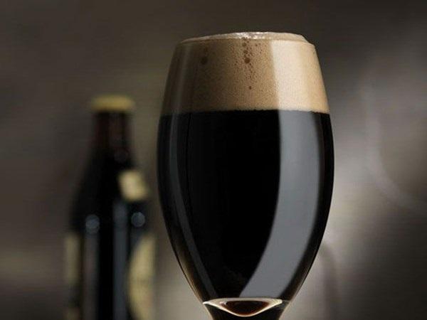 8 dark μπίρες για τον χειμώνα 2268253