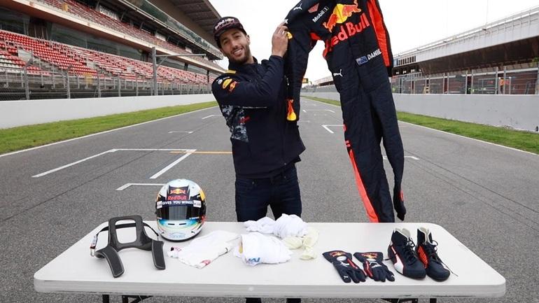 Τι φοράει ένας οδηγός της F1;