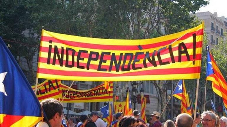 Τα κόμματα υπέρ της ανεξαρτησίας της Καταλονίας θα κερδίσουν στις εκλογές, δείχνει δημοσκόπηση
