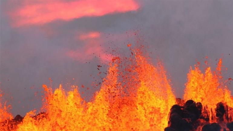 Έτοιμο να εκραγεί το μεγαλύτερο ηφαίστειο στην Ισλανδία